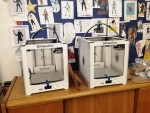 We received five Ultimaker 2s and five 3D printing pens.
